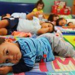 Creche abre 13 vagas- função de Auxiliar de Sala para Educação Infantil. OBS: Não é necessário experiência Horário matutino e vespertino
