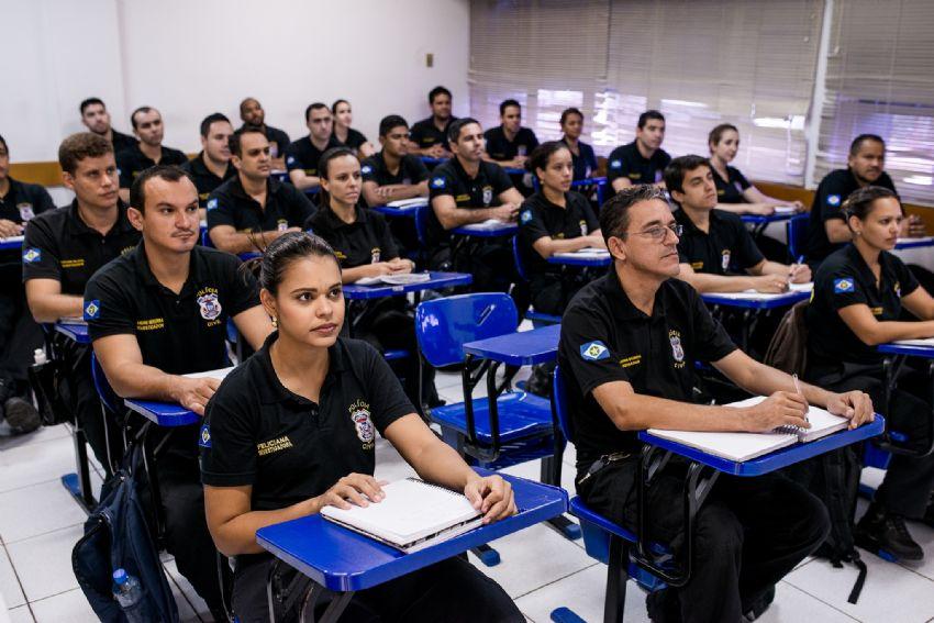Edital Escrivão da Polícia Civil 2019 abre inscrições com salário de R$5.103,84